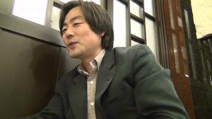 ハン監督顔写真2.jpg